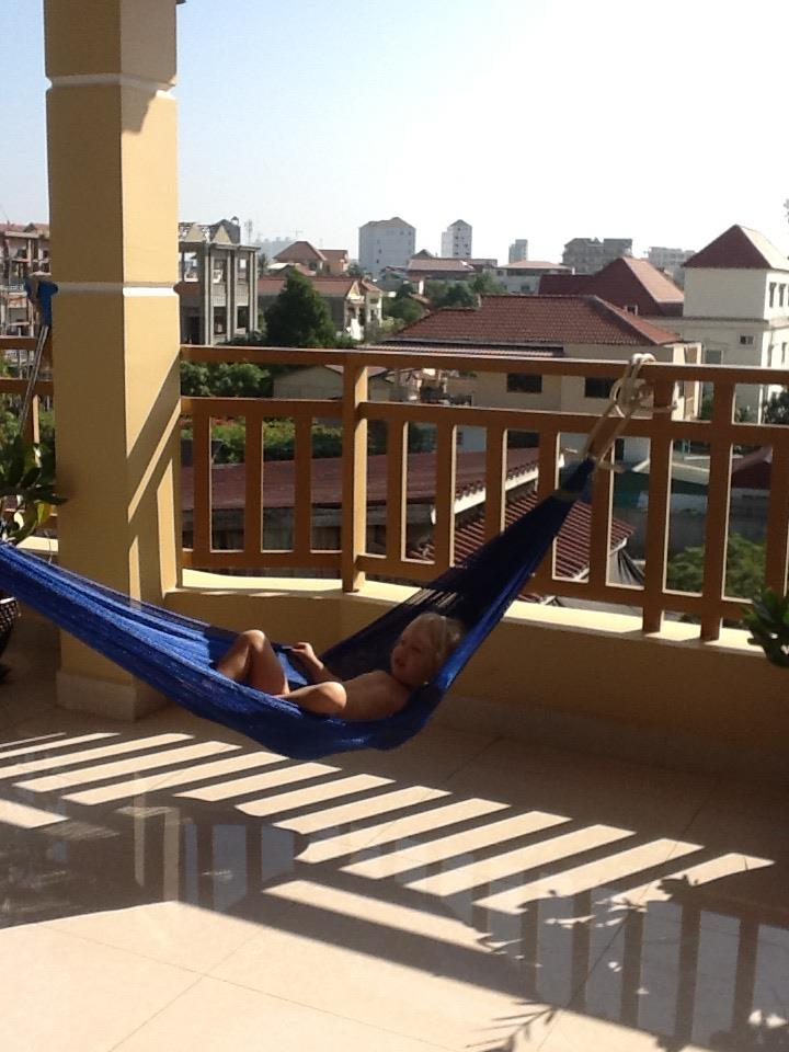March 2012 inexplicable ways for Hammock for apartment balcony
